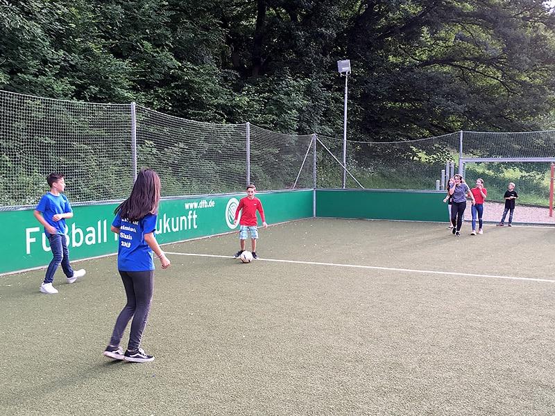 Mini Fußballfeld